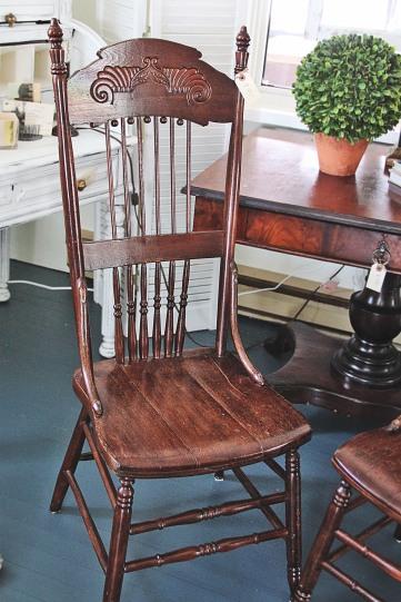 High_Lean_Pressback_Chairs(2)