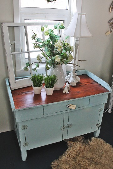 Robins_Egg_Blue_Cupboard(2)