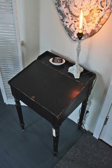 Small_Fliptop_Desk(2)