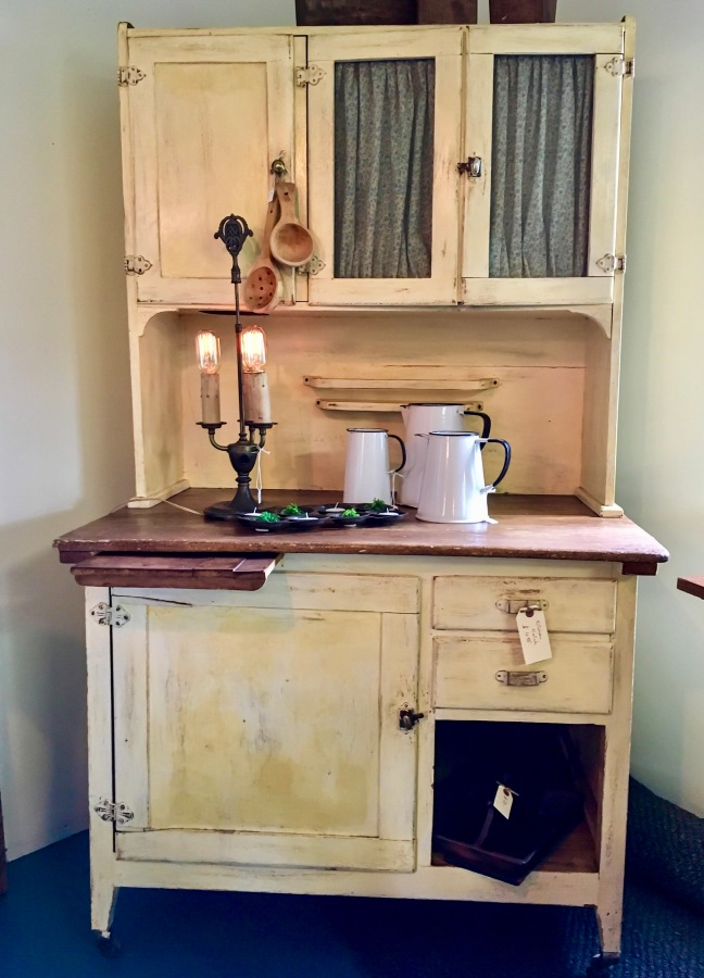 For Sale: Kitchen Hutch